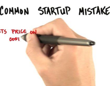"""[INFOGRAPHIC] 18 lỗi thường gặp có thể """"giết chết"""" các công ty startup"""